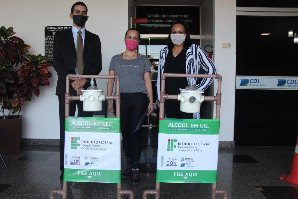 Todos contra o coronavírus : Patos de Minas ganhará 80 unidades de dispenser semiautomático para álcool em gel.